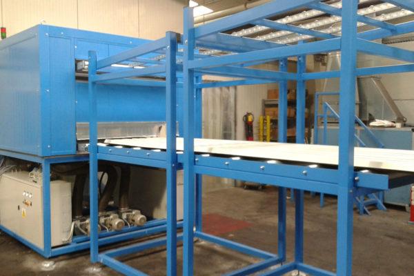 Sistemas de producción paneles sandwich – Sistemas – Horno de precalentamiento de chapa