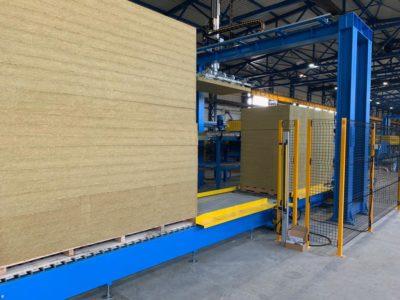 Sistemas de producción paneles sandwich - Adecuación de máquinas - Sección lana mineral máquina dosificadora de adhesivo