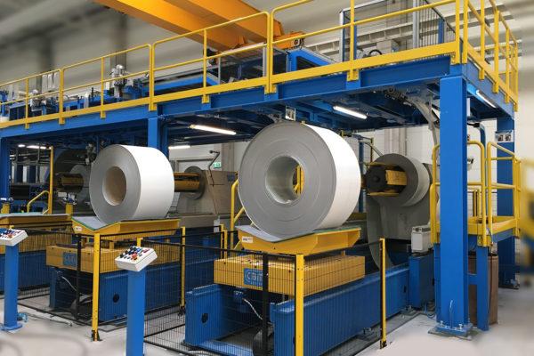Linee di produzione pannelli sandwich – Impianti – Aspi svolgitori