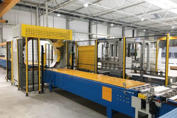 Linha de produção de painel sanduíche – Instalações – Máquina de embalar