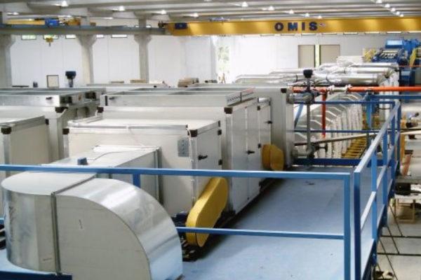 Linha de produção de painel sanduíche – Instalações – Prensa contínua