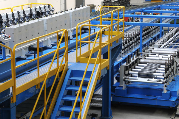 Sandwich-panel-machine-line-roll-forming-machine-1first-srl